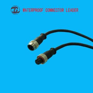 コネクターが付いている3つのPinの平らな電気プラグ