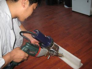 Battre la main de qualité pour l'extrudeuse Containter Ingénieur en plastique