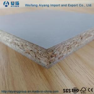 無地の湿気抵抗力があるメラミンによって薄板にされる削片板