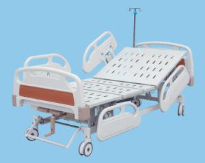 Base manuale dell'ospedale con tre manovelle