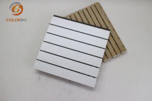 De solides performances Sound-Absorbing bois rainuré Panneau acoustique
