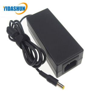 12V 5A 60W de potencia adaptador con C13/C14 Outlet