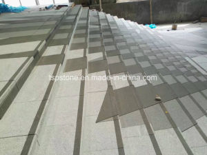 平板またはカウンタートップまたはBenchtop/Worktop/Floor/Flooring/Paving石または階段のための建築材料の花こう岩踏面またはWindowsの土台または壁のタイル(G603/G654/G684/G682/G439/G664)