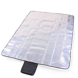 防水FoldableアルミニウムフィルムのテントのピクニックマットOEMの工場