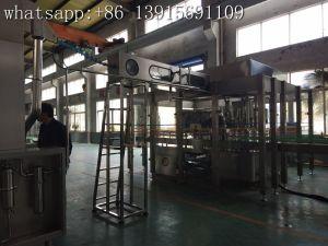 ガラスワインのための3in1一体鋳造の洗浄の満ちるキャッピング機械