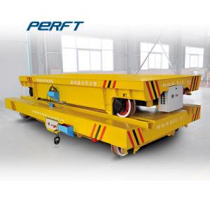 Pezzi meccanici della pressa della fabbrica che trattano trasporto sui Cross-Rails