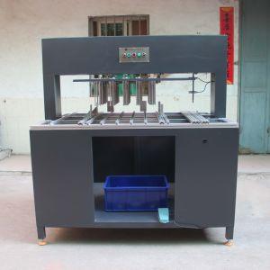 Dentro de los residuos pelado semiautomático de la máquina para cortar el cartón (LDX-S1050)