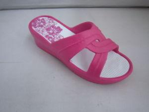 Nuevos zapatos hermosos planos medios de EVA para las mujeres (TNK35840)