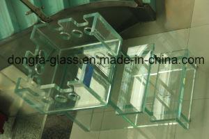 Claro templado Sentryglas Vidrio laminado con muesca/Orificios/esquina segura/Canto pulido personalizado para un moderno edificio