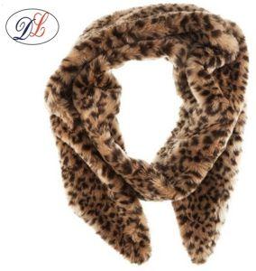 正方形の毛皮のスカーフポリエステルスカーフの方法不足分のスカーフ