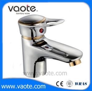 真鍮ボディ単一のハンドルの正方形の洗面器のコック(VT11203)