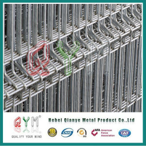 Qym galvanizado en caliente de PVC cerco de malla de alambre soldado