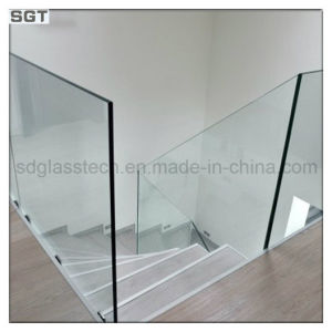 Stair Railingのための低いIronかSuper White Tempered Glass