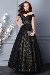 黒いレースのプロムのガウンのイブニング・ドレスに玉を付ける高いカラー