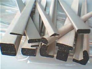 Экранированием электромагнитных помех структуры за прокладку из пеноматериала