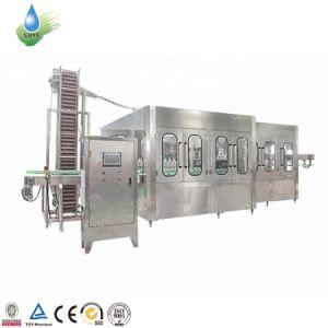 Bonne qualité de l'eau embouteillée Automatique Machine de remplissage et la ligne de production d'emballage