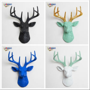 多彩なOEMの安いハング壁の動物のヘッド家具の実物大のシカの彫像の樹脂の彫刻