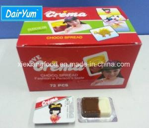 Crema Choco deux couleurs avec cuillère de Chocoalte et saveurs fraise
