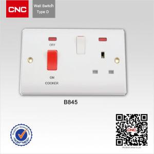 Interruptor de pared británico /una pista italiana el modificador /Contacto