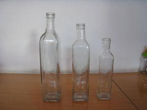 Bottiglia da birra di vetro di colore verde