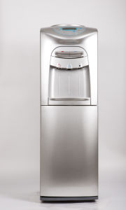 Agua fría y caliente 5 galón dispensador de agua embotellada