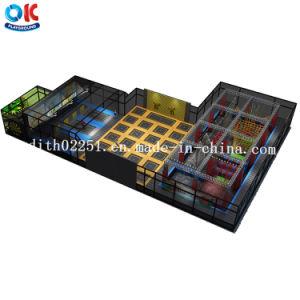 Sosta commerciale del trampolino di forma fisica dell'interno per i capretti e gli adulti con il corso del guerriero di Ninja