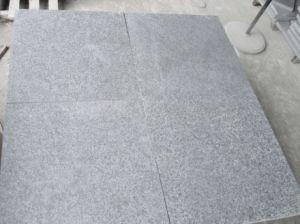 Tile Slab Flooring Wall CalddingのためのG684 Flamed Granite