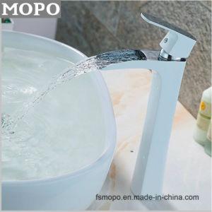 De Kraan van de Mixer van het Bassin van de Tapkraan van het Water van het Messing van de Toebehoren van de badkamers