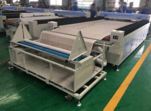 Alimentação automática de tecido máquina de corte e gravação a laser de CO2 para os produtos têxteis/algodão