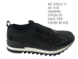 Deux couleurs Lady chaussures occasionnel sur le stock de chaussures de patinage