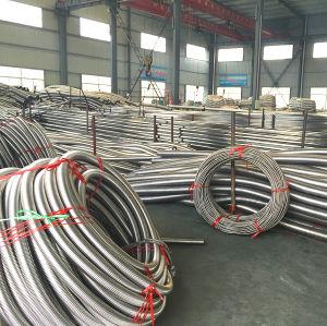 Tubo flessibile metallico anulare ondulato con le trecce