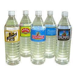 حرارة تقلّص يكمّل لأنّ زجاجة بلاستيكيّة