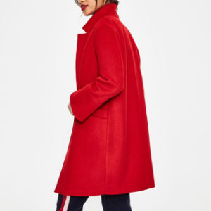 熱い赤く長いコートは方法女性着く
