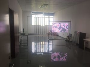 レンタル段階屋内フルカラーLEDの透過表示屋外広告のLED Display/LEDビデオ壁