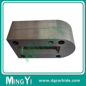 Regalo de precisión de localización de punzón de bloques de metal con ranura.