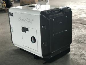 O OEM 5kVA gerador silenciosa Diesel Trifásico, Pacote de madeira