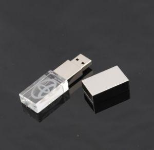 Кристально чистый флэш-накопитель USB