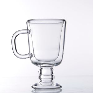 Caffè di vetro doppio Handmade irlandese della tazza con la maniglia