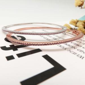 Het eenvoudige Platina van het Ontwerp plateerde de Zwarte Armband van het Manchet van de Diamant van de Steen van CZ