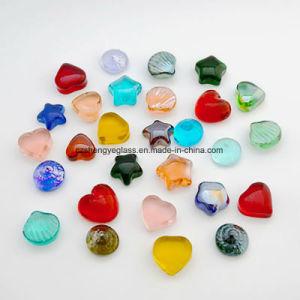 زخرفيّة [رد كلور] قلب يشكّل [غلسّ بد] وحجارة زجاجيّة