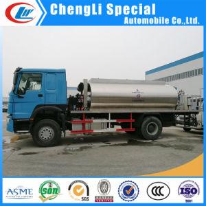 Het Verwarmde Asfalt van Dongfeng 4*2/Vrachtwagen van de Betonmolen van de Weg van het Bitumen de Bespuitende