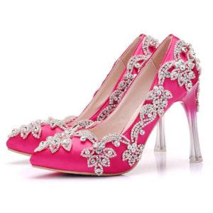 女性のサテンファブリック上部のハイヒール水晶ストラップの結婚披露宴の花嫁の靴