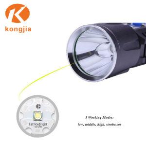 Torcia elettrica tenuta in mano resistente superiore di potere di sorgente luminosa della torcia LED dell'acqua di Xm-L T6