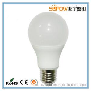 Nuevo diseño de luz LED Bombilla LED con 2 años de garantía