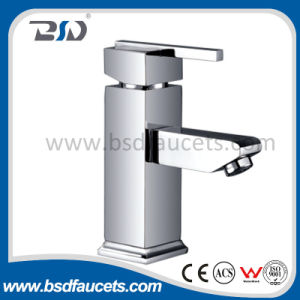 固体真鍮の正方形の洗面器のミキサー