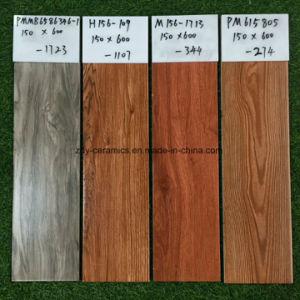 フォーシャンの建築材料の熱い建物の陶磁器の木の床タイル
