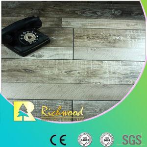 12,3mm raspa comercial de la mano de roble V Los suelos estratificados ranurado