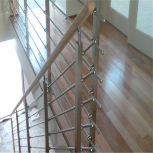 手すり7つの層直径8mmのステンレス鋼の棒のかステンレス鋼のバルコニーの棒の柵