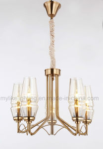 Klassische Eisen-Leuchter mit Glaslampenschirm
