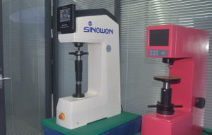 Système de levage motorisée entièrement automatique testeur de dureté Rockwell numérique